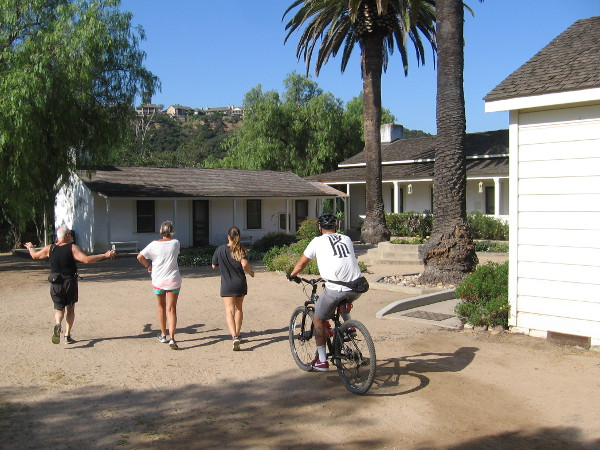 img_1045z-walking-and-biking-past-the-historic-adobe-ranch-house-in-los-pec3b1asquitos-canyon-preserve
